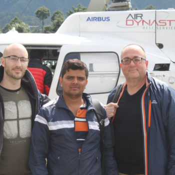 everest-landing-helicopter-tour-review