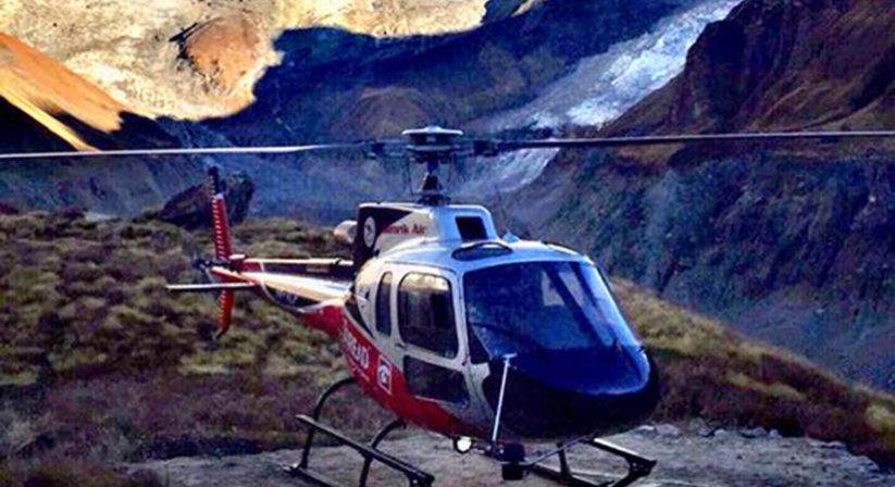 helicopter-landing-annapurna-base-camp