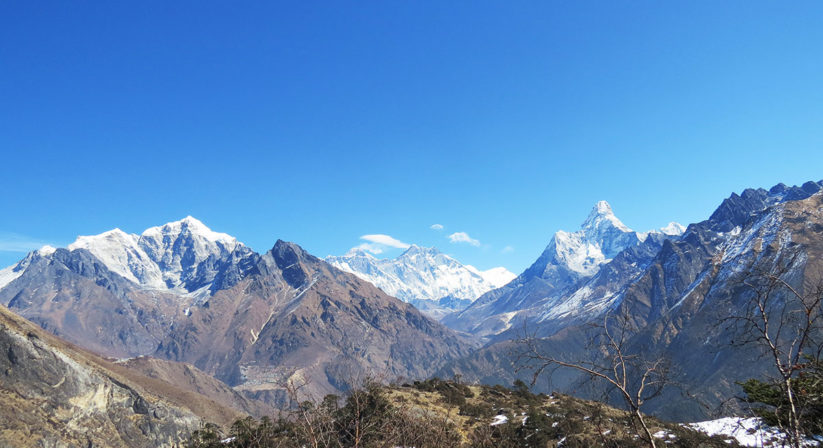 mountain-views-on-the-way-to-mt.-everest