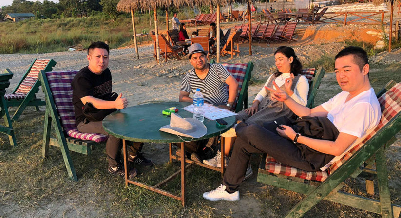 chitwan national park tour